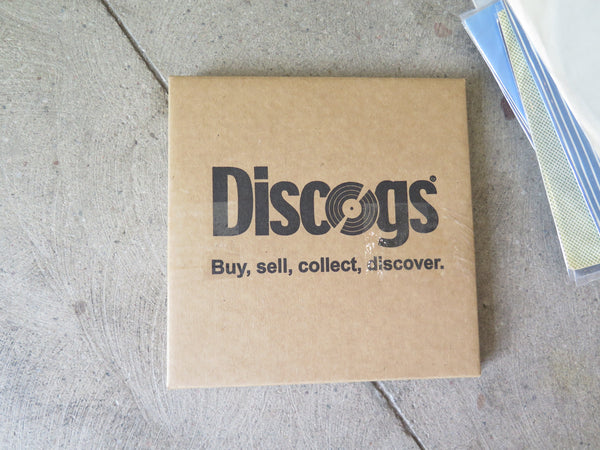 Discogs branded record mailer for 7 inch records