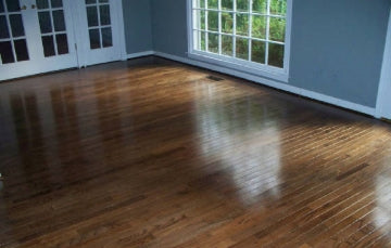 shiny laminate floor after restoration with lamanator plus