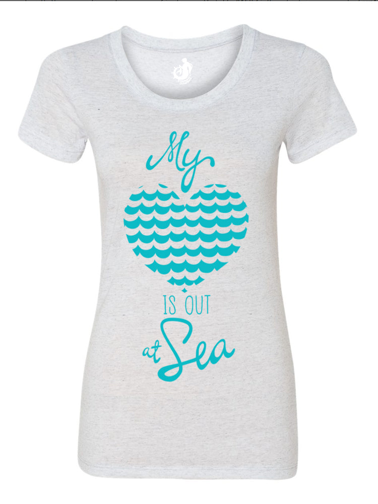 the admiral's daughters my heart is out at sea white fleck t-shirt round neck fitted turquoise teal print with waves and heart design