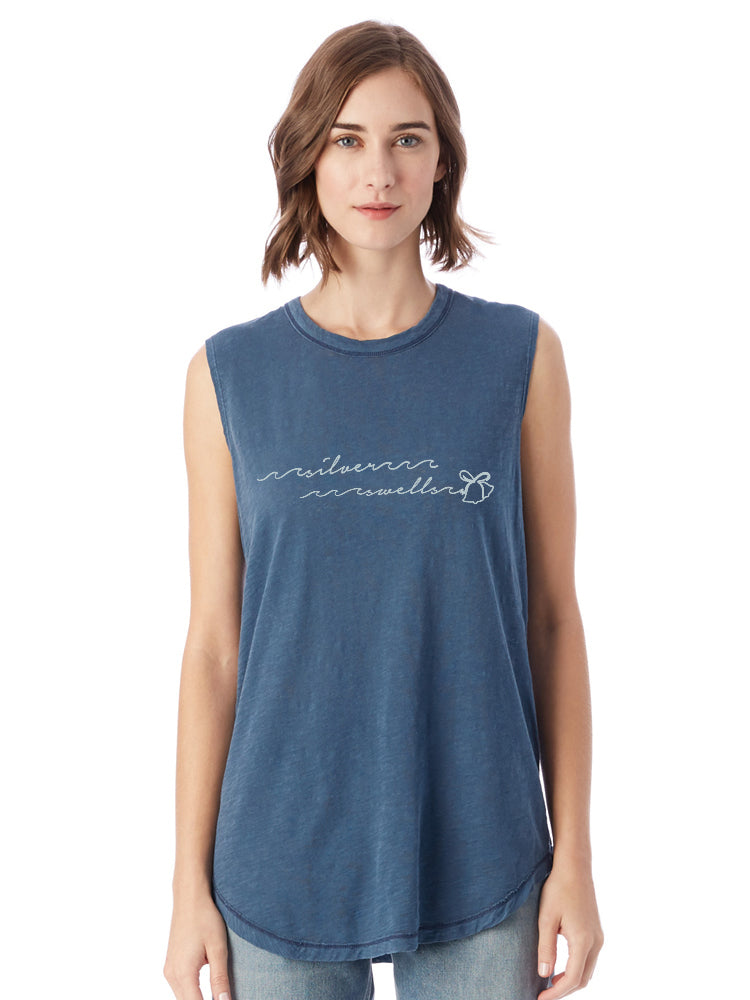 the admiral's daughters blue silver swells bells holiday christmas sleevless t-shirt