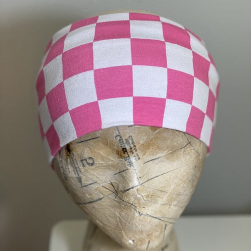 Checkered in Pink Head Hugger
