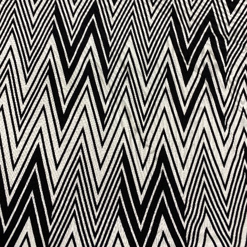 Black and White Chevron Head Hugger