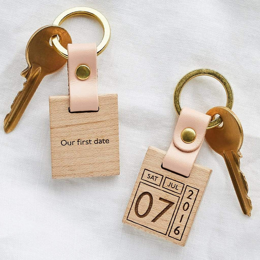 Personalised Memorable Date Keyring Create Gift Love