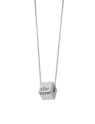 the edge necklace