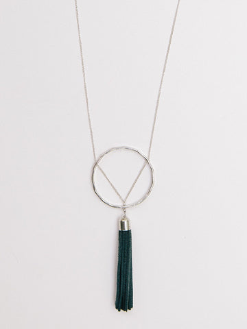 *Ellaria Tassel Necklace