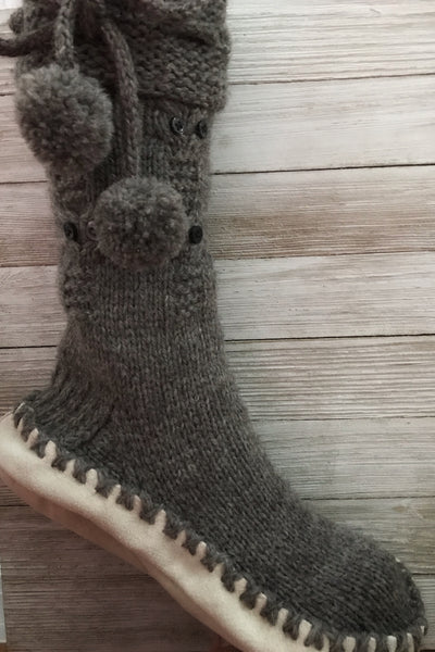df5f04d681e How to Make Slipper Socks with Soles