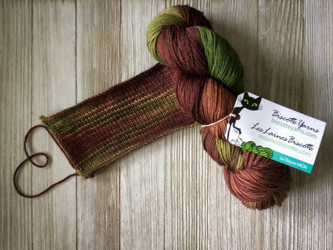 Delicious Hand Dyed Yarns And Alternating Skeins