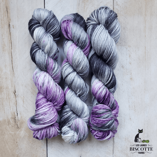 DK PURE | URSULA hand-dyed speckled yarn