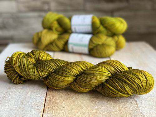 ABSINTHE by Louise Robert Design | DK PURE hand-dyed semi-solid yarn