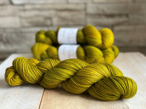 ABSINTHE by Louise Robert Design | SUPER SOCK hand-dyed semi-solid yarn