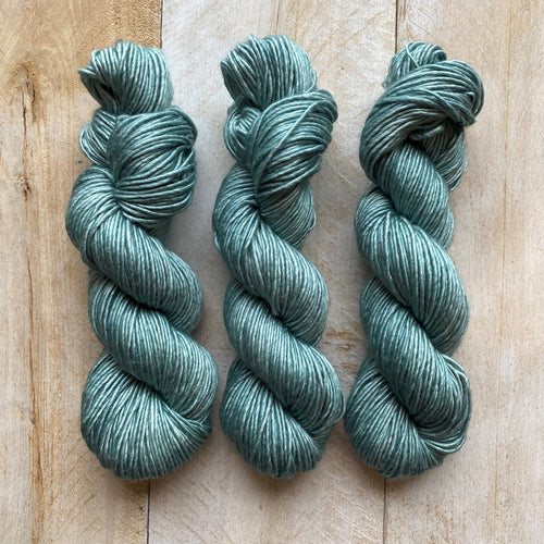 Albus - Merino and Silk yarn AIGUE MARINE