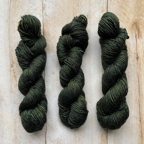 Albus - Merino and Silk yarn KALAMATA