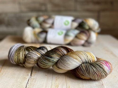 Bis-Sock HOBBIT | hand-dyed Speckled sock yarn | 100g (2x50g) / 50g (mini skein)
