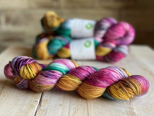 Bis-Sock RIO | hand-dyed Speckled sock yarn | 100g (2x50g) / 50g (mini skein)