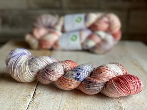 Bis-Sock SAUMON | hand-dyed Speckled sock yarn | 100g (2x50g) / 50g (mini skein)