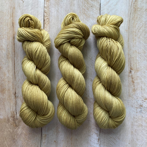 Bis-sock yarn Gold hand-dyed yarn | 100g or 50g mini skein size