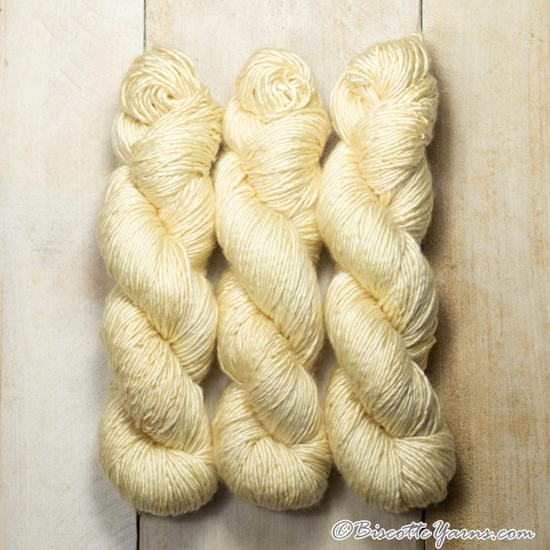 Albus - Merino and Silk yarn BISCUIT