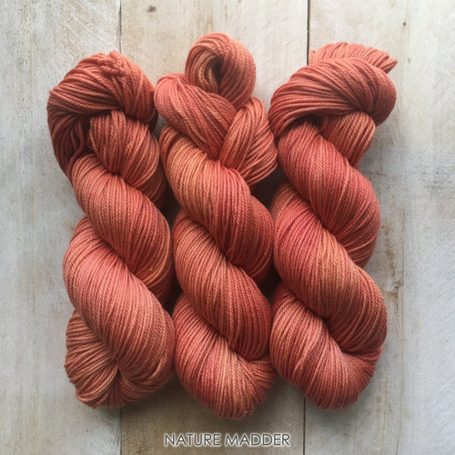 MADDER by Louise Robert Design | DK PURE hand-dyed yarn, natural dyes