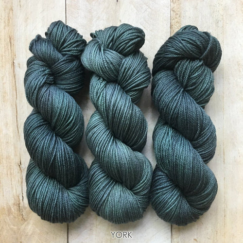 YORK by Louise Robert Design | DK PURE hand-dyed semi-solid yarn