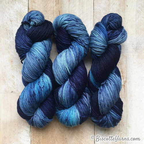 DK PURE | speckled dk weight yarn Blue Jeans