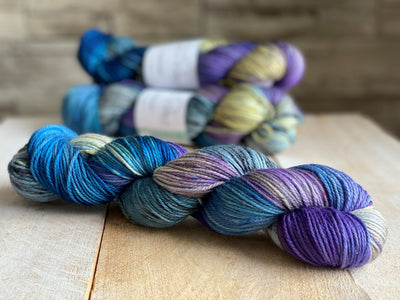 FRIDA by Louise Robert Design | DK PURE hand-dyed Variegated + Speckled yarn