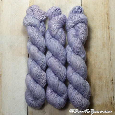 DK weight yarn ♥ Purple Rain self-striping hand-dyed yarn