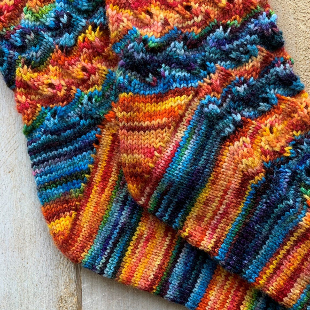 Flames of Bonfire Socks | Free Knitting Pattern