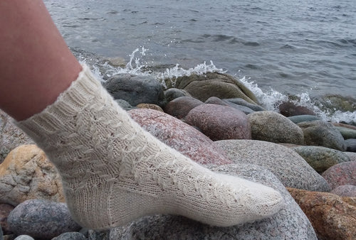 Harbour Side Socks | Free Knitting Pattern