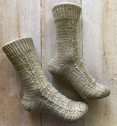 WALRUS KISSES Socks ♥ Knitting Pattern