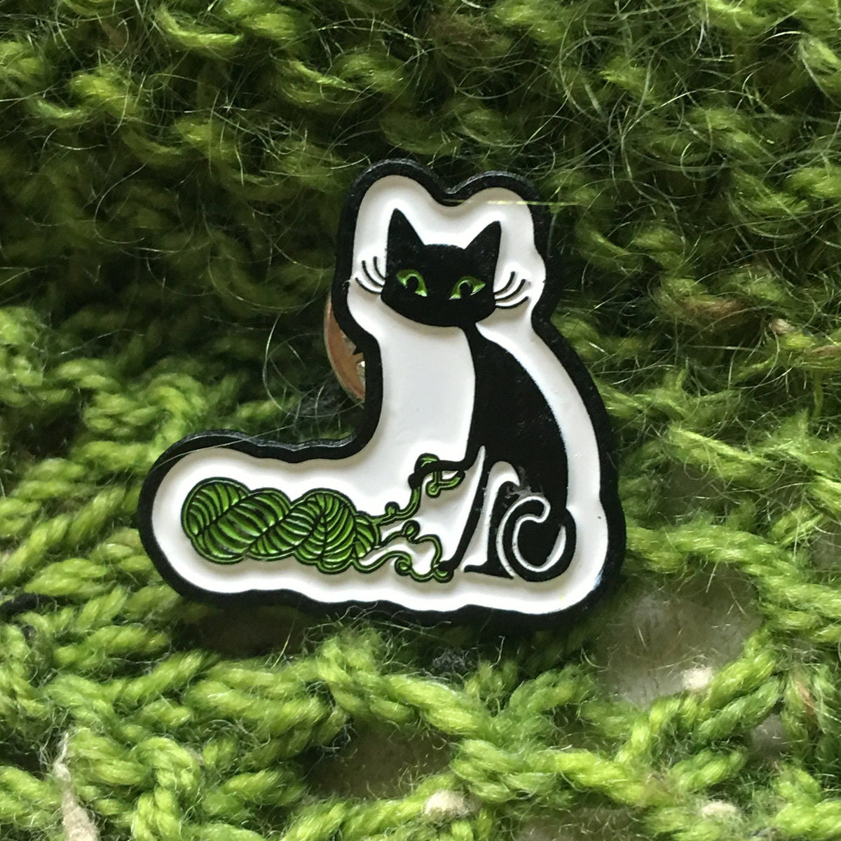 Biscotte Yarns Enamel Pin for knitters