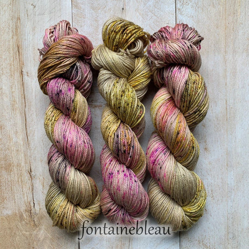 FONTAINEBLEAU by Louise Robert Design | DK PURE hand-dyed Variegated + Speckled yarn