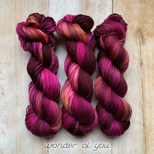 WONDER OF YOU by Louise Robert Design | SUPER SOCK hand-dyed Variegated + Speckled yarn