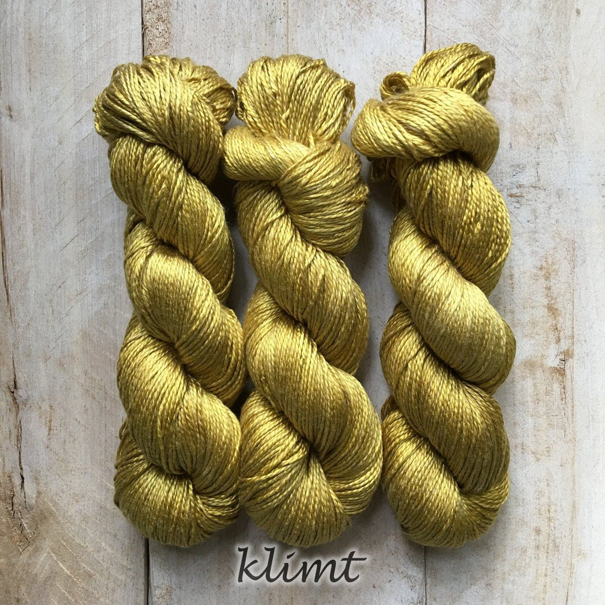 KLIMT by Louise Robert Design | ALGUA MARINA hand-dyed semi-solid yarn