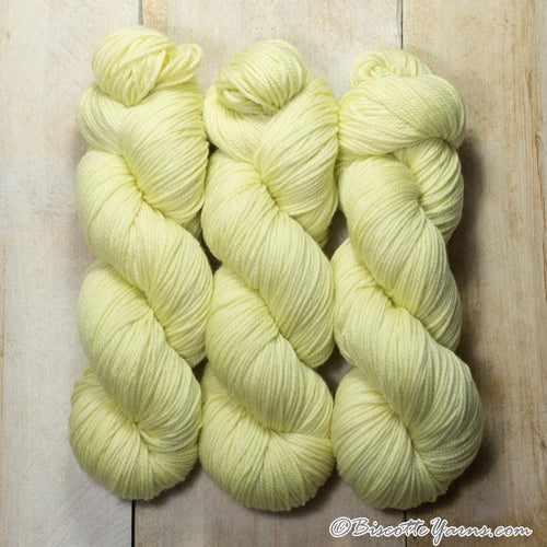 DK PURE | semi-solid dk weight yarn Limonade
