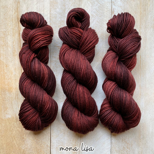 MONA LISA by Louise Robert Design | MERINO WORSTED hand-dyed semi-solid yarn