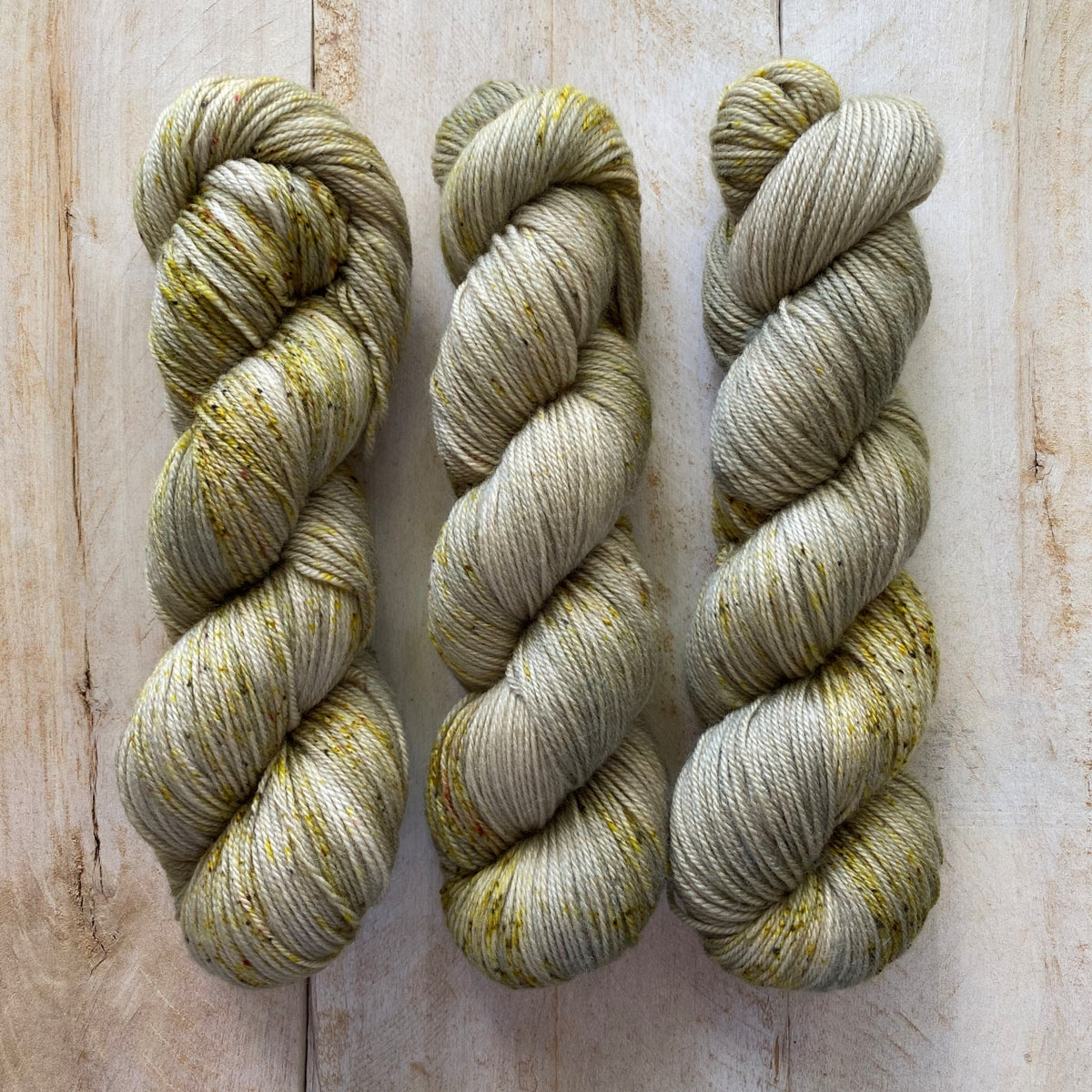 MIEL CITRON by Louise Robert Design | SUPER SOCK hand-dyed speckled yarn