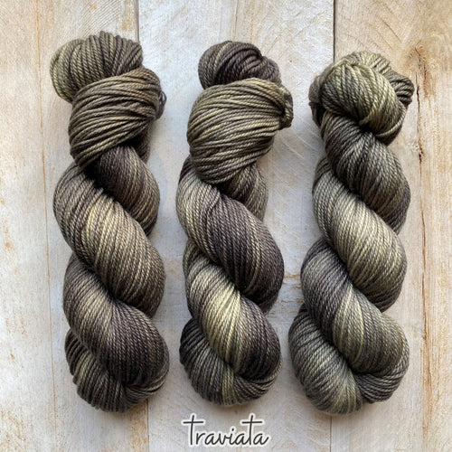 TRAVIATA by Louise Robert Design | MERINO WORSTED hand-dyed semi-solid yarn