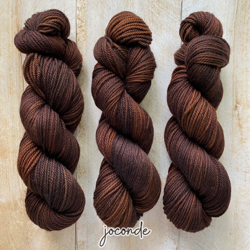 JOCONDE by Louise Robert Design | MERINO WORSTED hand-dyed semi-solid yarn
