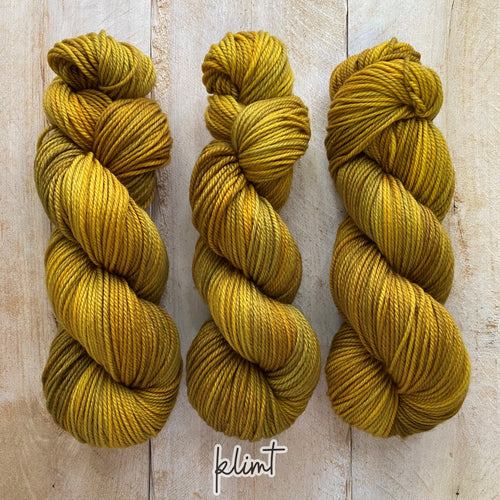KLIMT by Louise Robert Design | MERINO WORSTED hand-dyed semi-solid yarn