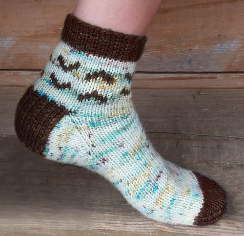 Ocean Side Socks | Free Sock Pattern