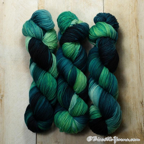 Bis-Sock hand-dyed sock yarn ♥ Variegated | Nenuphar