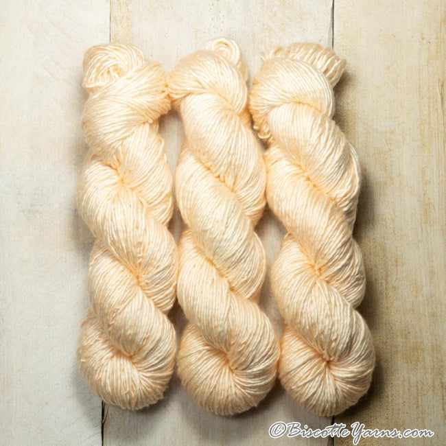 Albus - Merino and Silk yarn PORCELAINE