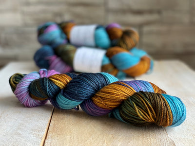 SOUS-BOIS by Louise Robert Design | DK PURE hand-dyed Variegated yarn