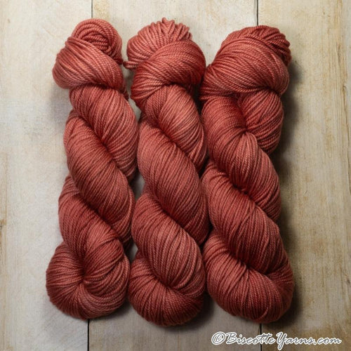 DK PURE | semi-solid dk weight yarn Smoothie