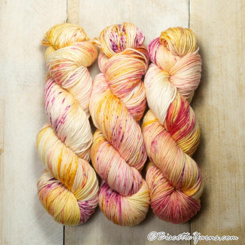 DK PURE | speckled dk weight yarn Une chance qu'on s'a