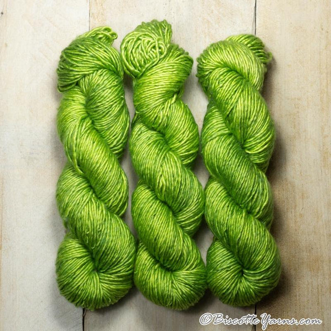 Albus - Merino and Silk yarn VERT BISCOTTE