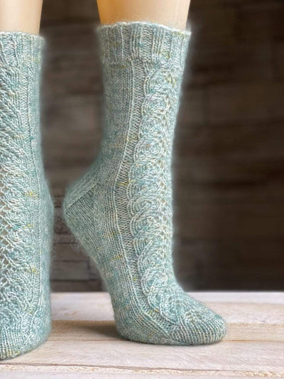 CLOUD 9 | Free Knitting Socks Pattern