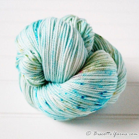DK PURE | speckled dk weight yarn Caribbean