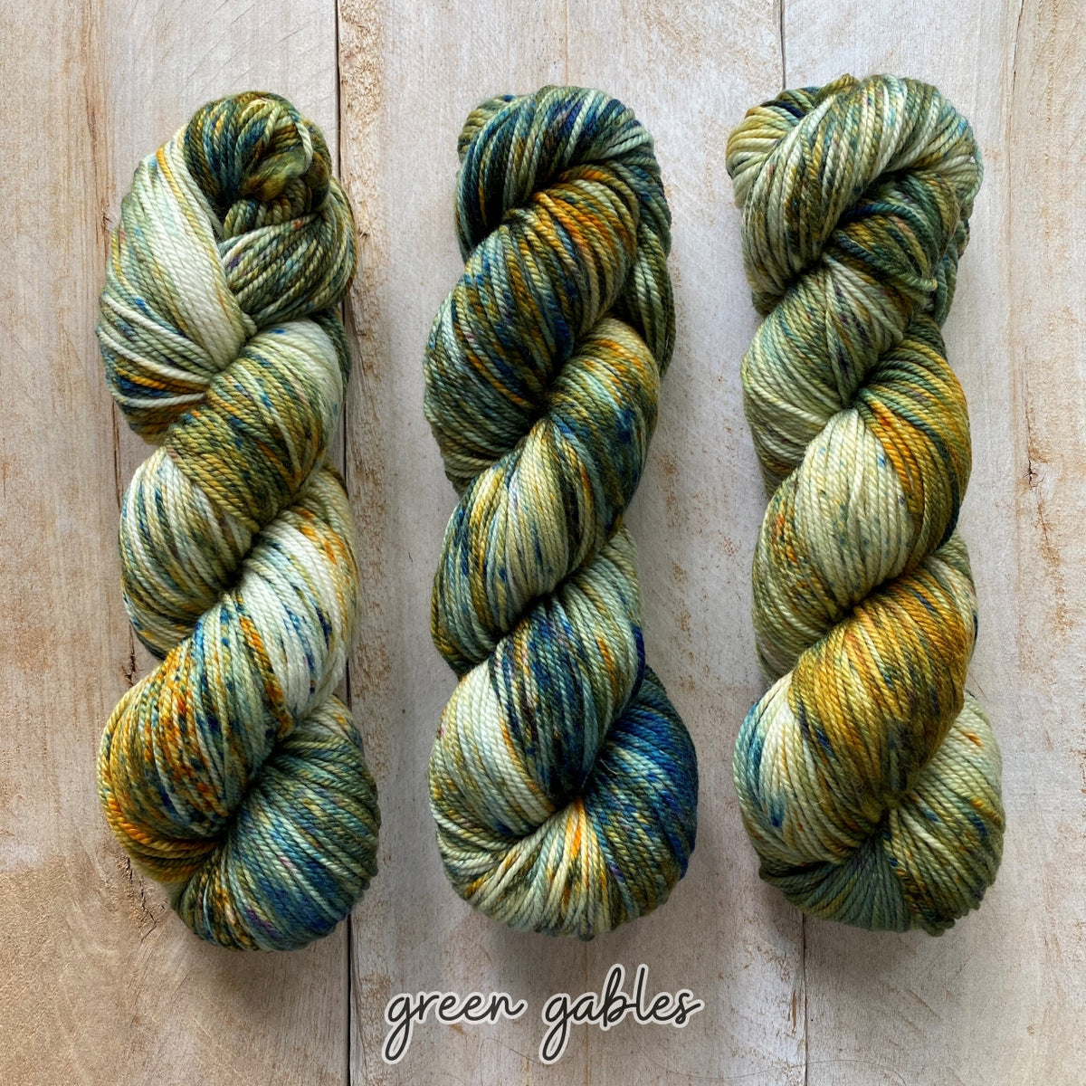 DK PURE | speckled dk weight yarn Green Gables