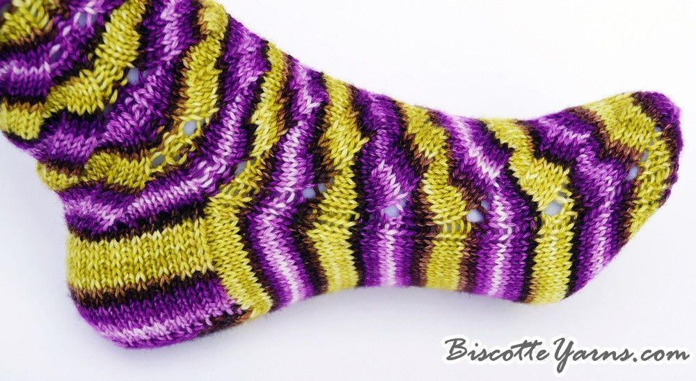 Free sock pattern - Moutons en vacances - Biscotte yarns
